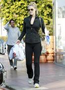Али Лартер, фото 2586. Ali Larter - At the CVS Pharmacy in West Hollywood - 02/20/12, foto 2586